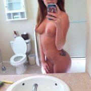 Selfie Pic Nackt Im Bad