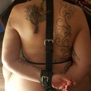 Amateur Bondage Freundin Von Hinten Gefesselt