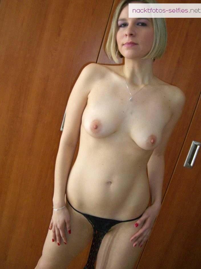 Amateur Aufnahmen Nackte Freundin Sexy Private Bilder 1
